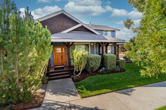 2895 NE Marea Drive, Bend, OR 97701 (MLS #220115315) :: The Ladd Group
