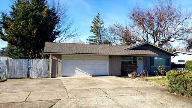 1509 Oleander Street, Medford, OR 97504 (MLS #220115333) :: The Riley Group