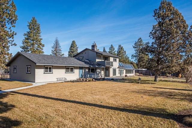 16030 Hwy 126, Sisters, OR 97759 (MLS #220115352) :: Bend Relo at Fred Real Estate Group