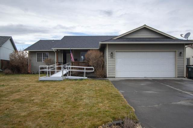 370 NE Hillcrest Street, Madras, OR 97741 (MLS #220115357) :: The Riley Group
