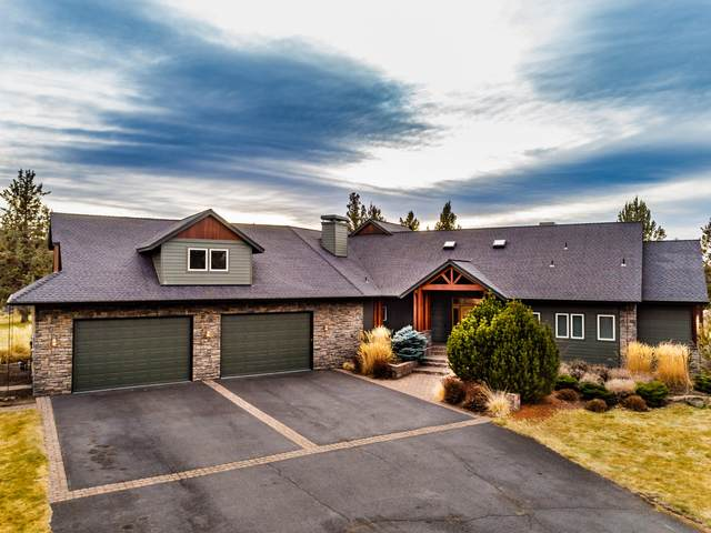 20960 Royal Oak Circle, Bend, OR 97701 (MLS #220115409) :: The Riley Group