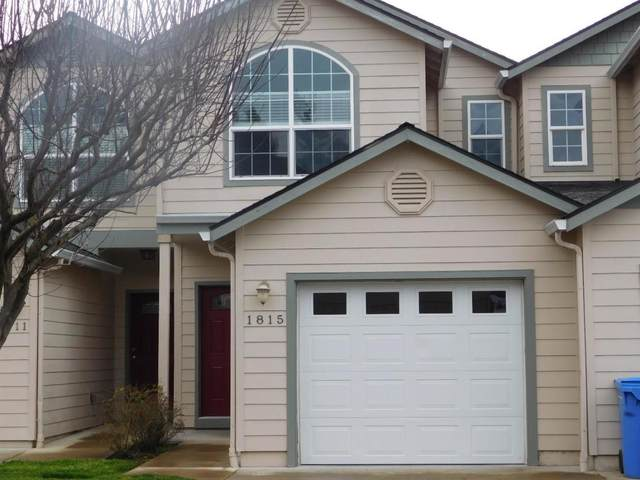1815 SW Hungry Hill Drive, Grants Pass, OR 97527 (MLS #220115472) :: Stellar Realty Northwest