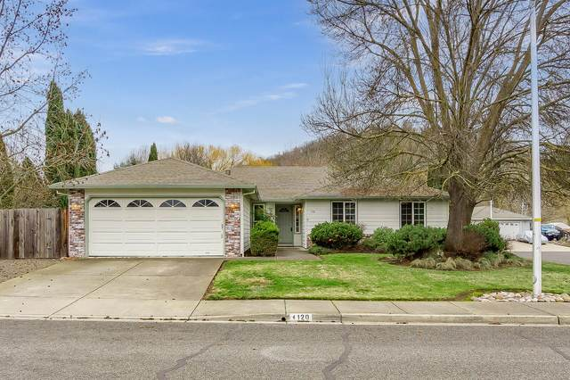 120 Freshwater Drive, Phoenix, OR 97535 (MLS #220115476) :: Keller Williams Realty Central Oregon
