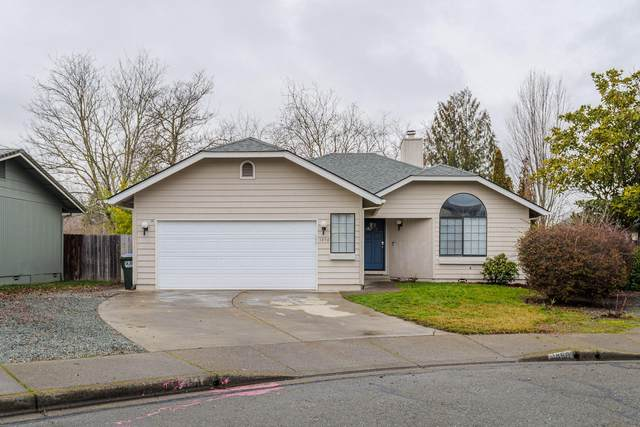 1850 Meadow Glen, Grants Pass, OR 97527 (MLS #220115513) :: Top Agents Real Estate Company