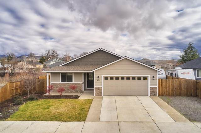 420 Sienna Hills Drive, Eagle Point, OR 97524 (MLS #220115514) :: Keller Williams Realty Central Oregon