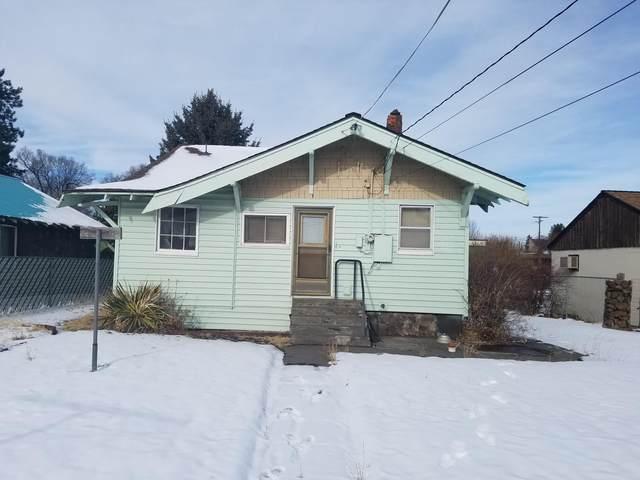 235 NE Kearney Avenue, Bend, OR 97701 (MLS #220115528) :: Premiere Property Group, LLC