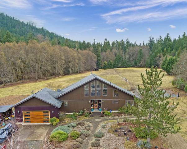 8116 Thompson Creek Road, Applegate, OR 97530 (MLS #220115530) :: Stellar Realty Northwest