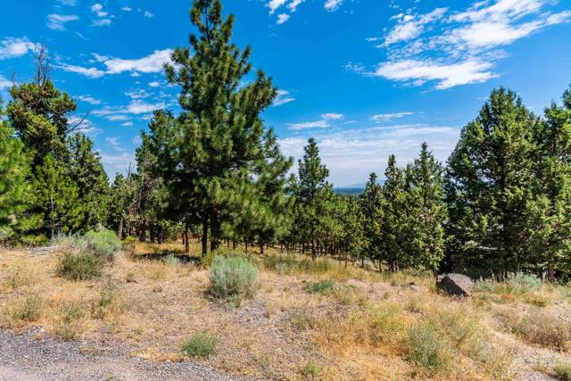 3237 NW Fairway Heights Drive, Bend, OR 97703 (MLS #220115628) :: Berkshire Hathaway HomeServices Northwest Real Estate