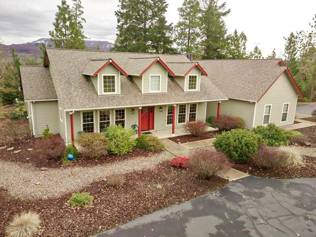 3993 Rogue River Drive, Eagle Point, OR 97524 (MLS #220115631) :: Berkshire Hathaway HomeServices Northwest Real Estate