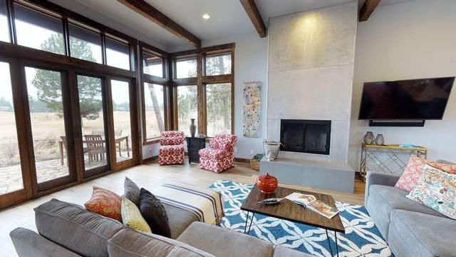 56976-99 Dancing Rock Loop #99, Bend, OR 97707 (MLS #220115796) :: Bend Homes Now