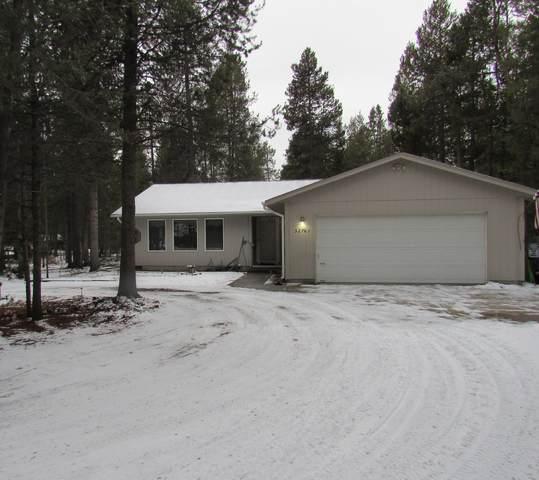 52781 Oak Drive, La Pine, OR 97739 (MLS #220115837) :: The Ladd Group