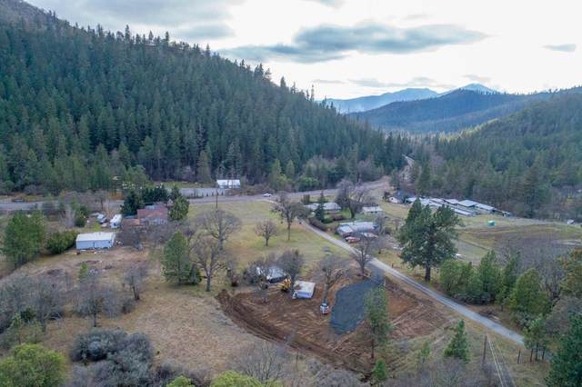 4654 Highway 238, Jacksonville, OR 97530 (MLS #220116090) :: Rutledge Property Group