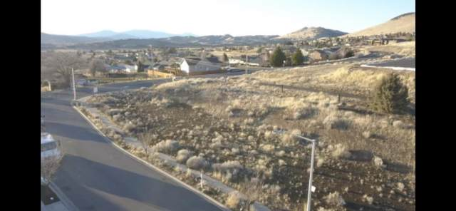 6015 Dove Hollow Drive, Klamath Falls, OR 97603 (MLS #220116176) :: The Ladd Group