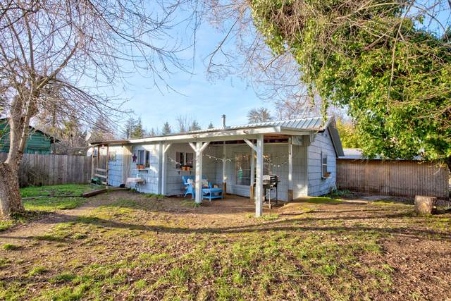 194 Clarissa Drive, Glendale, OR 97442 (MLS #220116185) :: Bend Relo at Fred Real Estate Group