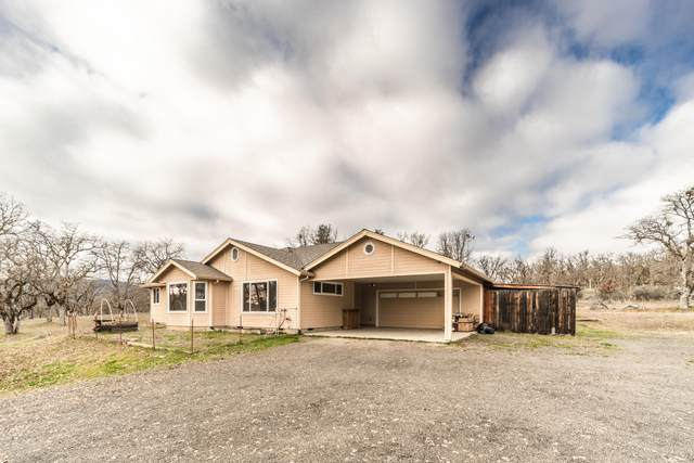 12497 Duggan Road, Central Point, OR 97502 (MLS #220116186) :: Berkshire Hathaway HomeServices Northwest Real Estate