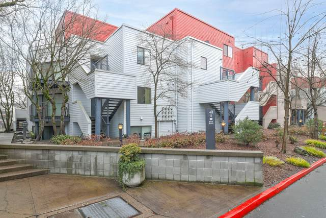 720 NW Naito Parkway Apt D23, Portland, OR 97209 (MLS #220116320) :: Premiere Property Group, LLC