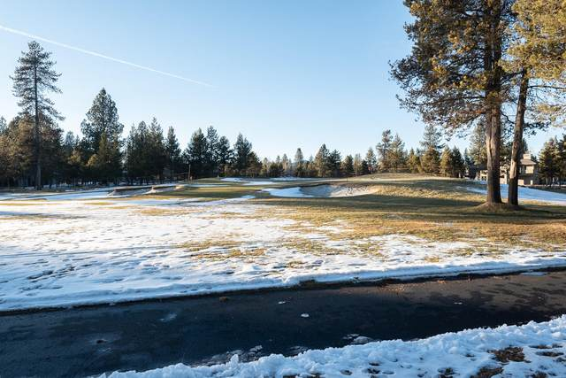 57997 Bunker Lane, Sunriver, OR 97707 (MLS #220116436) :: Premiere Property Group, LLC