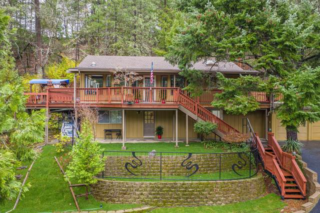532 Palomino Drive, Grants Pass, OR 97526 (MLS #220116717) :: Top Agents Real Estate Company