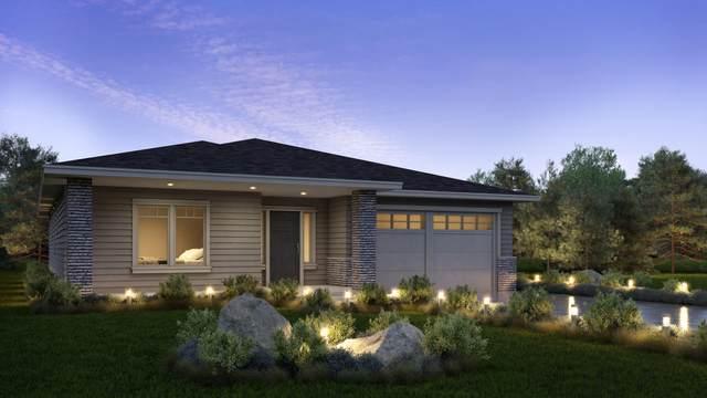 4898 SW Zenith Avenue, Redmond, OR 97756 (MLS #220116745) :: Central Oregon Home Pros