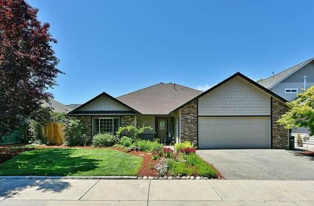 1362 SW Argo Lane, Grants Pass, OR 97527 (MLS #220116802) :: Top Agents Real Estate Company