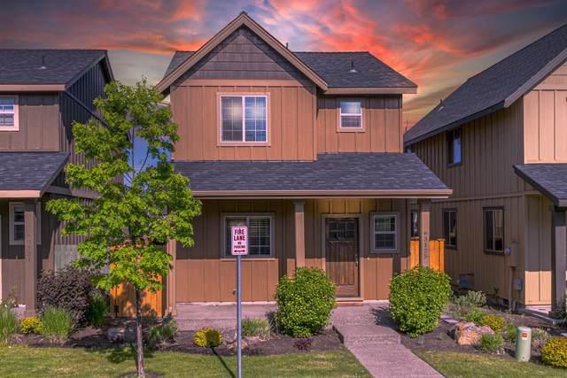 63125 De Haviland Court, Bend, OR 97701 (MLS #220116871) :: Fred Real Estate Group of Central Oregon