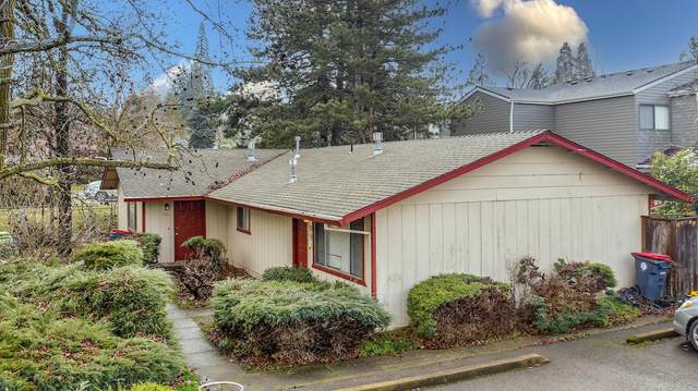 732 Rocky Drive, Medford, OR 97504 (MLS #220116897) :: The Ladd Group