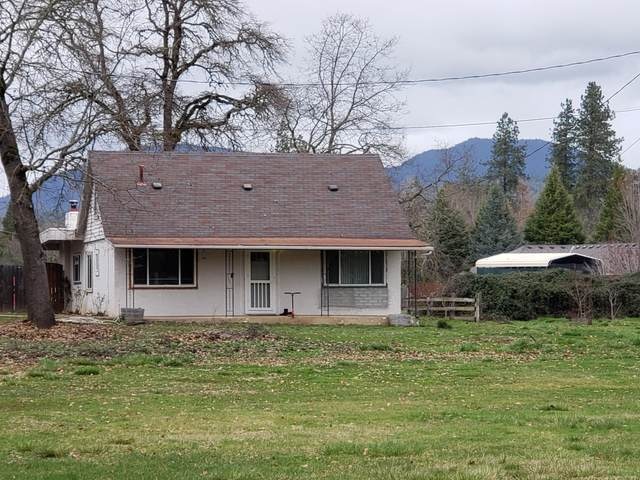 2850 S River Road, Grants Pass, OR 97527 (MLS #220116921) :: Coldwell Banker Sun Country Realty, Inc.