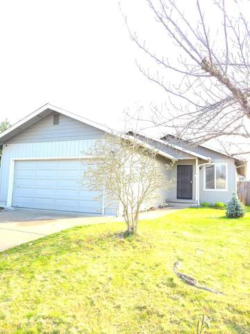 1350 SW Sun Glo Drive, Grants Pass, OR 97527 (MLS #220117014) :: Coldwell Banker Sun Country Realty, Inc.