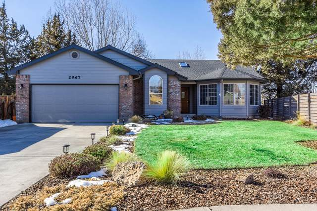 2967 NE Alpenglow Place, Bend, OR 97701 (MLS #220117022) :: Team Birtola | High Desert Realty