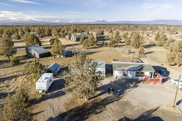 14320 SW Stallion Drive, Terrebonne, OR 97760 (MLS #220117041) :: Team Birtola | High Desert Realty