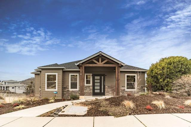 3602 Camina Drive, Medford, OR 97504 (MLS #220117043) :: The Ladd Group