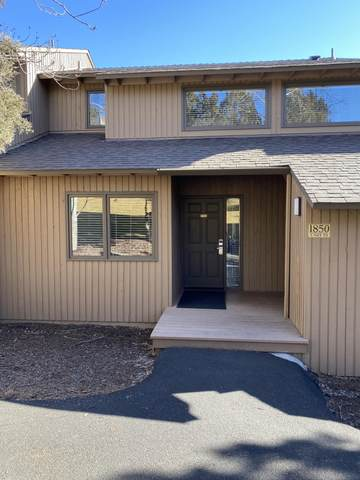 1850 Redtail Hawk Drive Rv53b, Redmond, OR 97756 (MLS #220117076) :: The Ladd Group