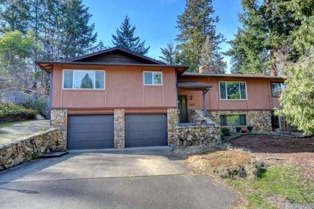 767 Roca Street, Ashland, OR 97520 (MLS #220117078) :: Bend Homes Now