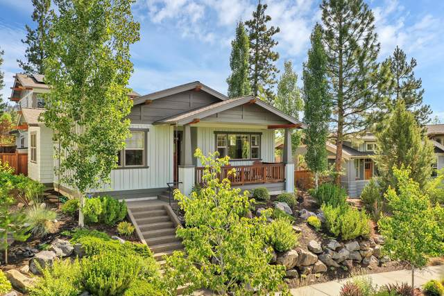 2422 NW Lolo Drive, Bend, OR 97703 (MLS #220117101) :: Coldwell Banker Bain