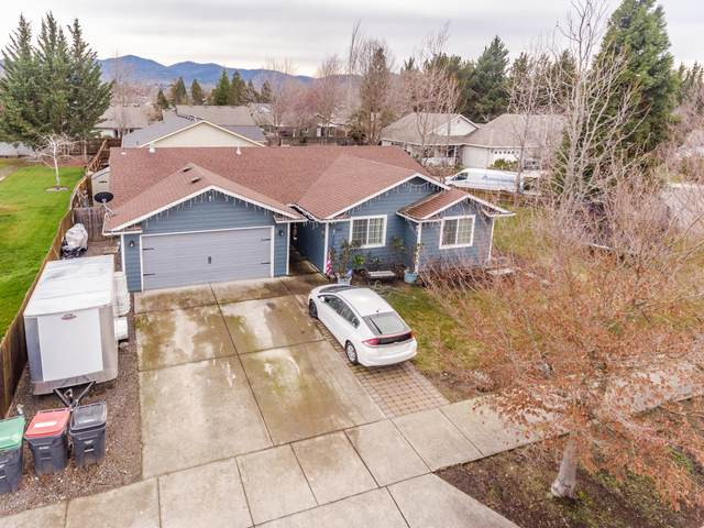 Address Not Published, Medford, OR 97501 (MLS #220117110) :: Coldwell Banker Bain