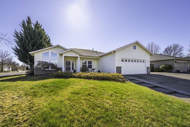 506 Summerlin Lane, Central Point, OR 97502 (MLS #220117123) :: Berkshire Hathaway HomeServices Northwest Real Estate