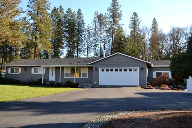 225 Espey Road, Grants Pass, OR 97527 (MLS #220117133) :: The Ladd Group