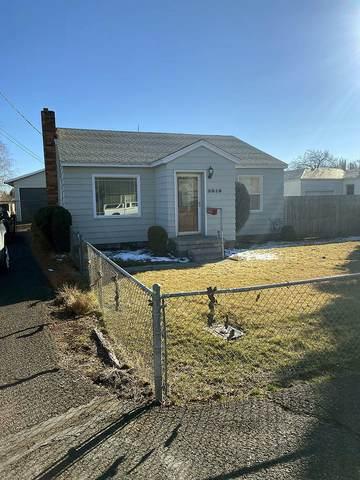 3910 Bristol Avenue, Klamath Falls, OR 97603 (MLS #220117164) :: Top Agents Real Estate Company