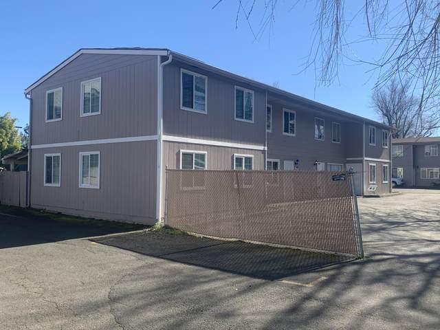 1215 W Main Street Apt J, Medford, OR 97501 (MLS #220117212) :: Rutledge Property Group