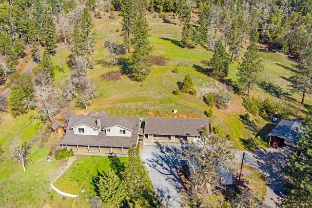 2570 Galice Road, Merlin, OR 97532 (MLS #220117239) :: Coldwell Banker Bain