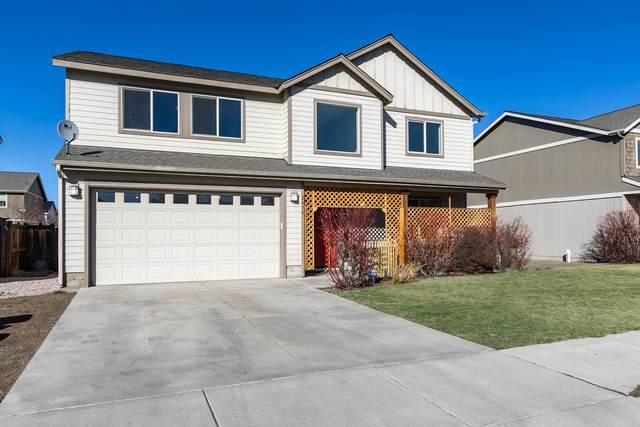 2873 SW Juniper Avenue, Redmond, OR 97756 (MLS #220117259) :: Top Agents Real Estate Company