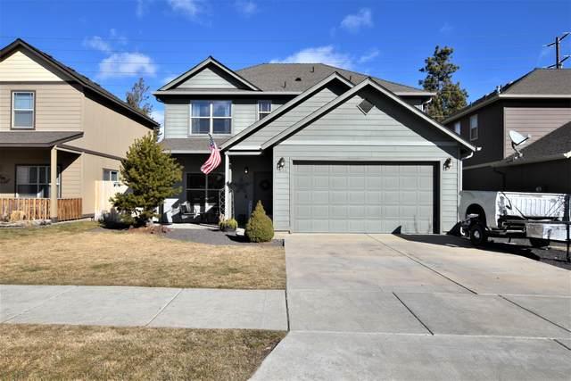 644 SE Gleneden Place, Bend, OR 97702 (MLS #220117264) :: Coldwell Banker Bain