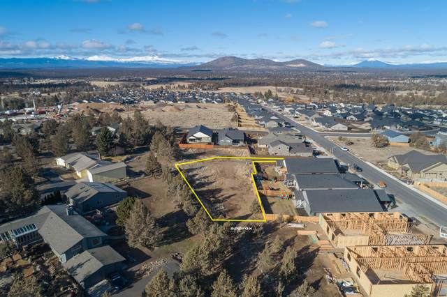 4232 SW Umatilla Avenue, Redmond, OR 97756 (MLS #220117313) :: Top Agents Real Estate Company