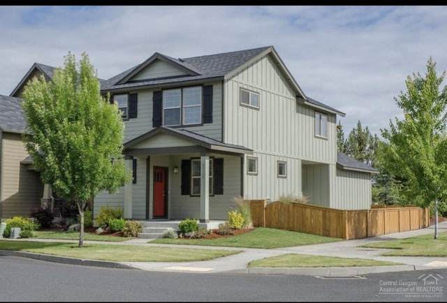 20548 Avro Place, Bend, OR 97701 (MLS #220117332) :: Coldwell Banker Bain