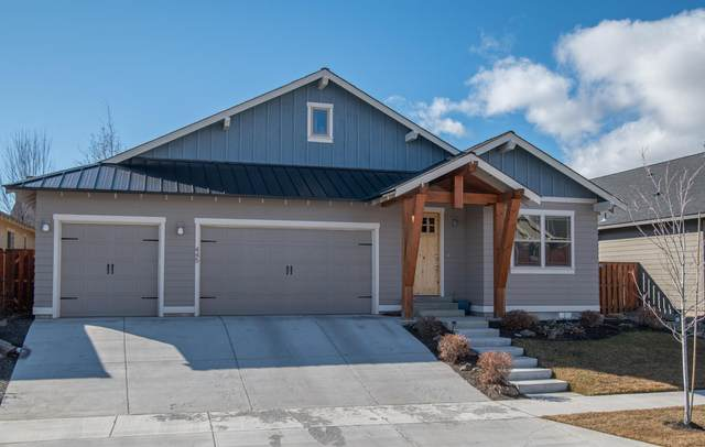 445 NW 28 Th Street, Redmond, OR 97756 (MLS #220117358) :: Bend Homes Now