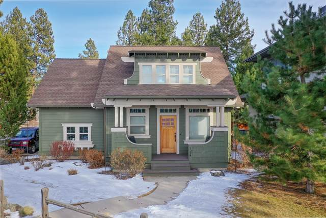 1394 NW Mt Washington Drive, Bend, OR 97703 (MLS #220117383) :: The Riley Group