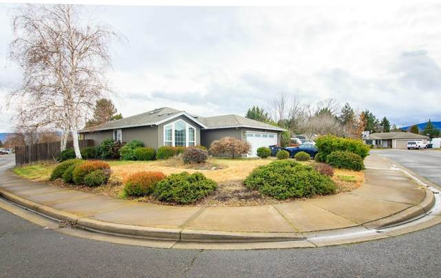1441 Applegate Lane, Medford, OR 97501 (MLS #220117387) :: FORD REAL ESTATE