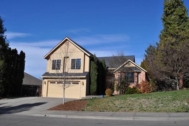 2697 Wilkshire Drive, Medford, OR 97504 (MLS #220117463) :: The Riley Group