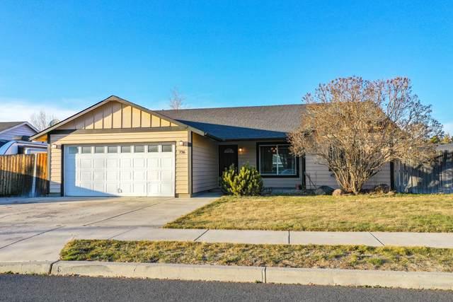 736 NE Cougar Loop, Prineville, OR 97754 (MLS #220117564) :: Bend Homes Now