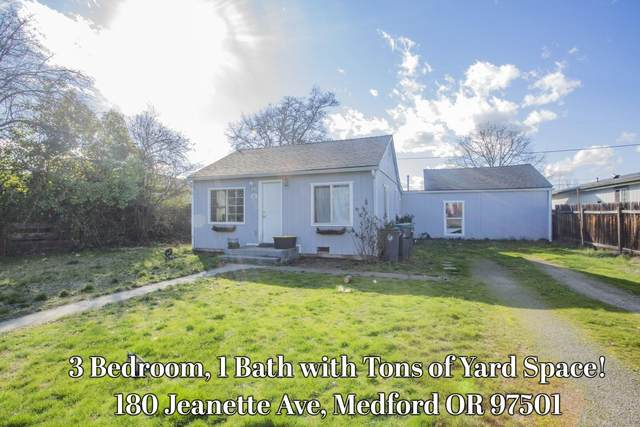 180 Jeanette Avenue, Medford, OR 97501 (MLS #220117601) :: The Ladd Group